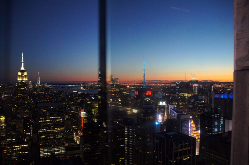 Sonnenuntergang Blick auf Empire State Building vom Top of the Rock Observatory New York
