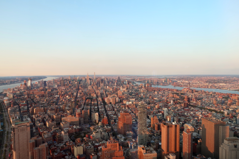 Blick auf Uptown Manhattan vom One World Observatory New York City