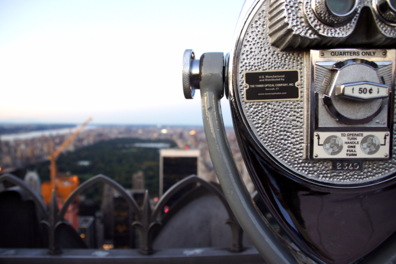 Fernrohr und Central Park vom Top of the Rock Observatory New York